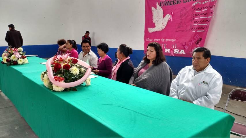 Zitlaltepec se suma con una caminata a la lucha de Cáncer de Mama