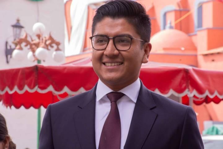 Nombran a Miguel Ángel Covarrubias coordinador parlamentario del PRD