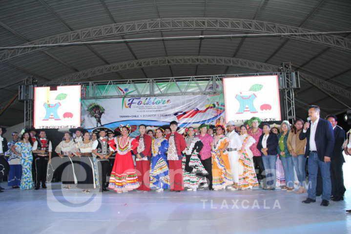 Cielito Lindo unió a 4 países en el III festival Internacional Folklore en Yauhquemehcan