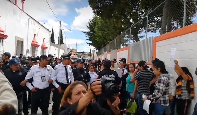 Piden a alcalde de Calpulalpan que se deje de payasadas