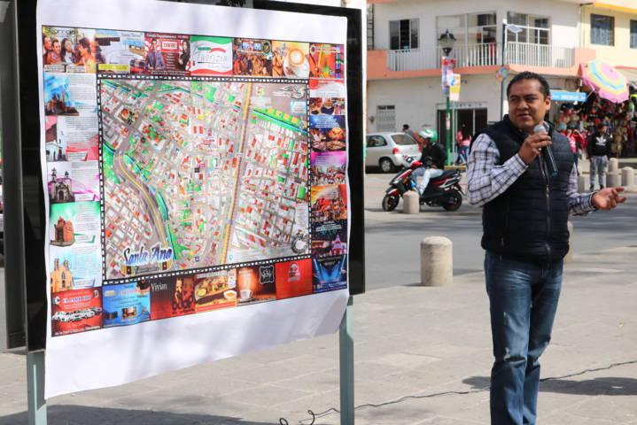 Colocan mapa turístico y comercial en parque Hidalgo de Chiautempan