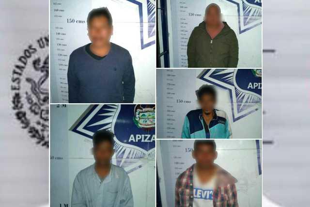 Asegura Policía de Apizaco a 5 sudamericanos por allanar una empresa