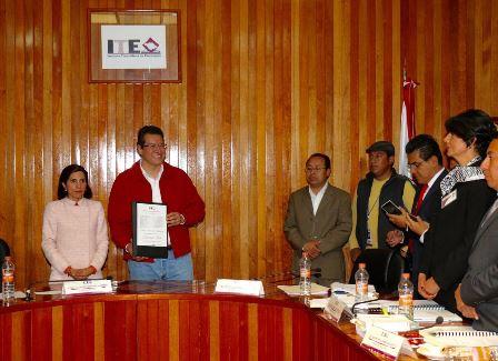 Declara ITE a Marco Mena gobernador electo de Tlaxcala