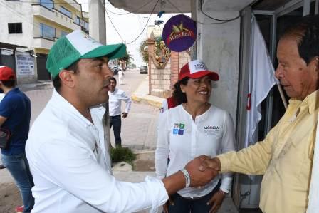 Recorre Mariano González Xalostoc para afianzar compromisos