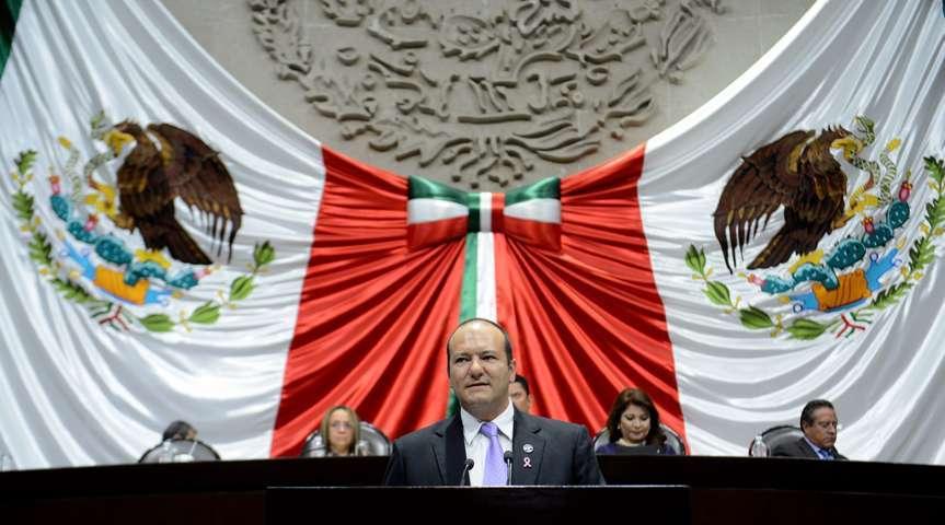 Emite Juan Corral posición del GPPAN en favor de la Ley de Asentamientos Humanos