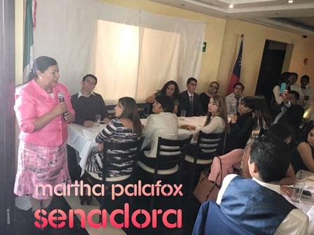 Convive Martha Palafox con jóvenes de intercambio a Taiwán