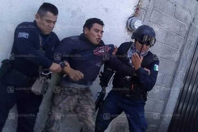 Policías de Amaxac tratan a los ciudadanos como criminales