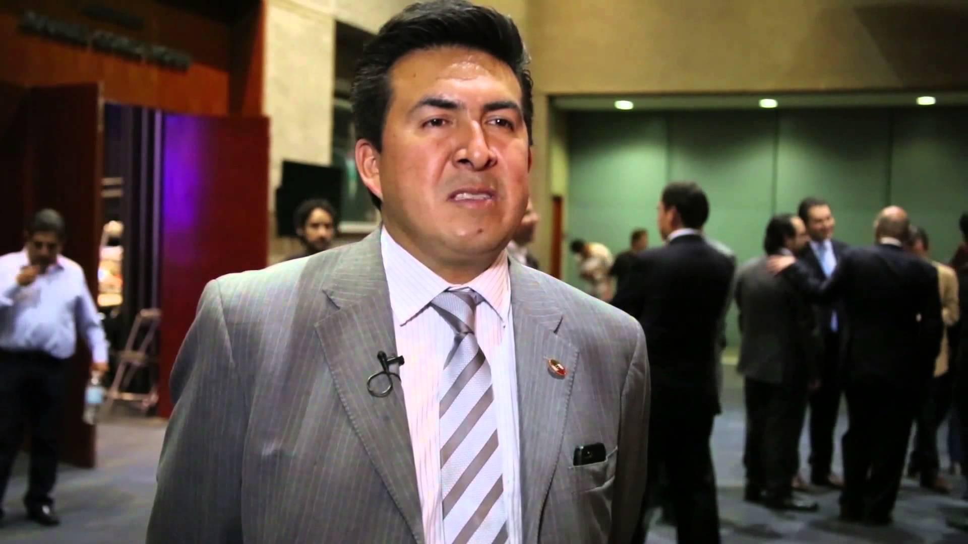 Ayuntamiento capitalino sigue tras Adolfo Escobar