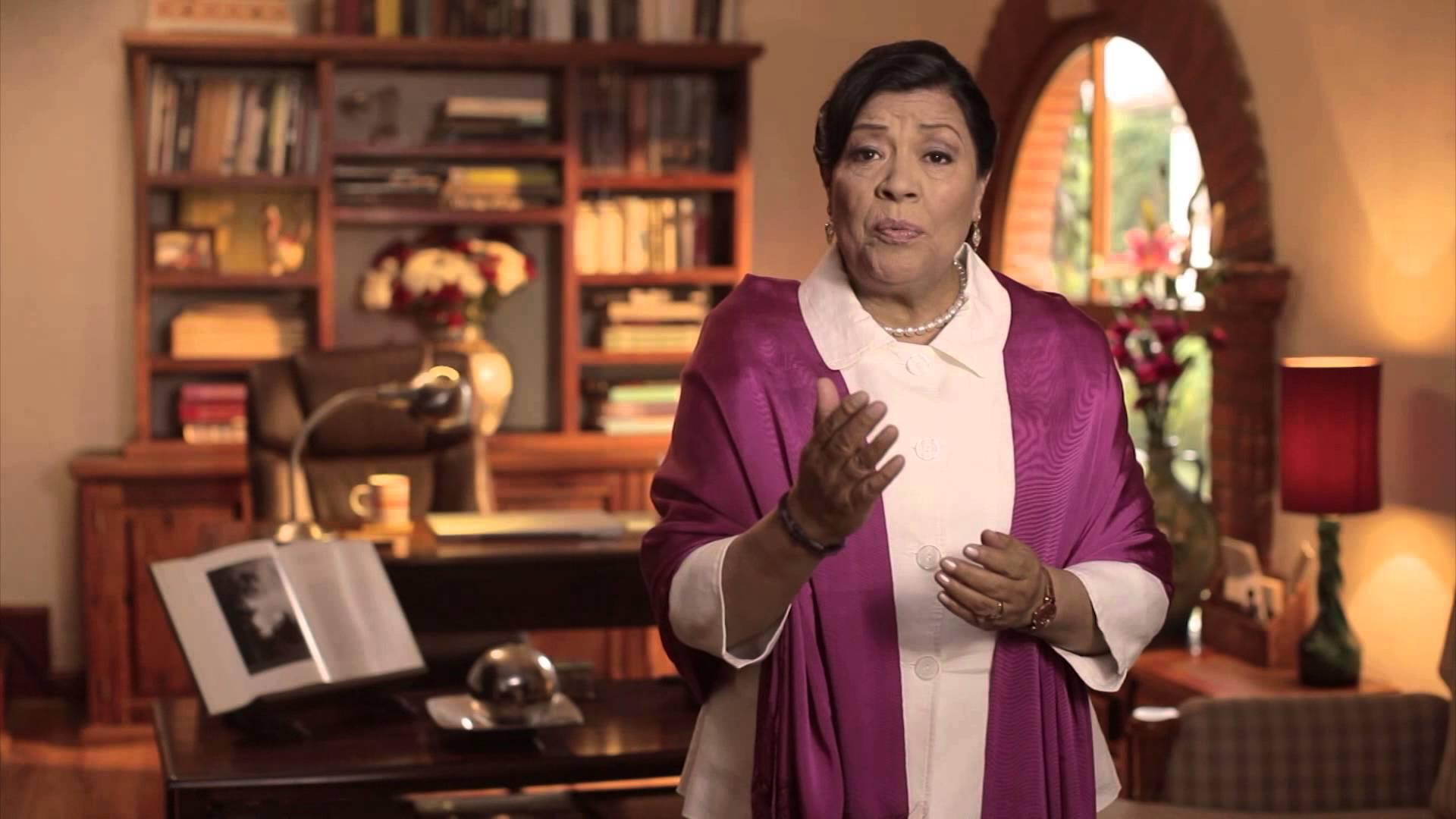 Junior de senadora tlaxcalteca gana sueldo millonario