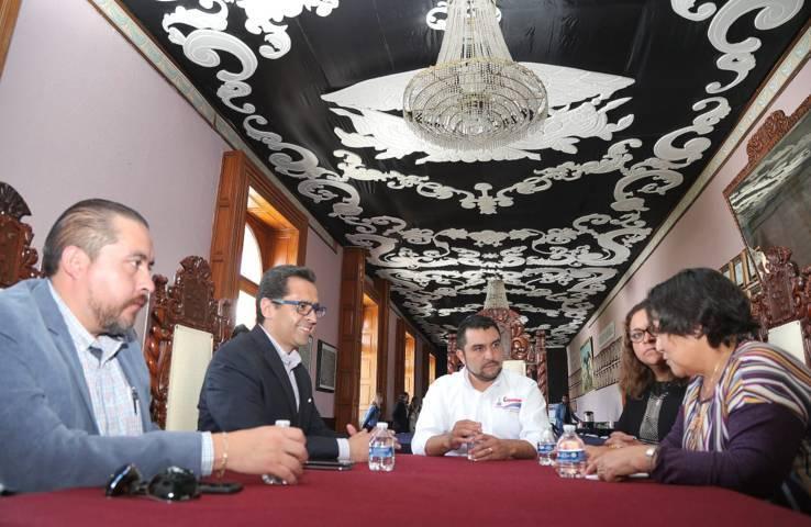 Abordan SEPE y Ayuntamiento de Calpulalpan temas comunes en materia educativa