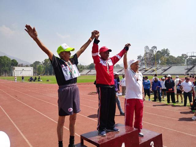 Logran tlaxcaltecas medallas de oro en juegos del Inapam