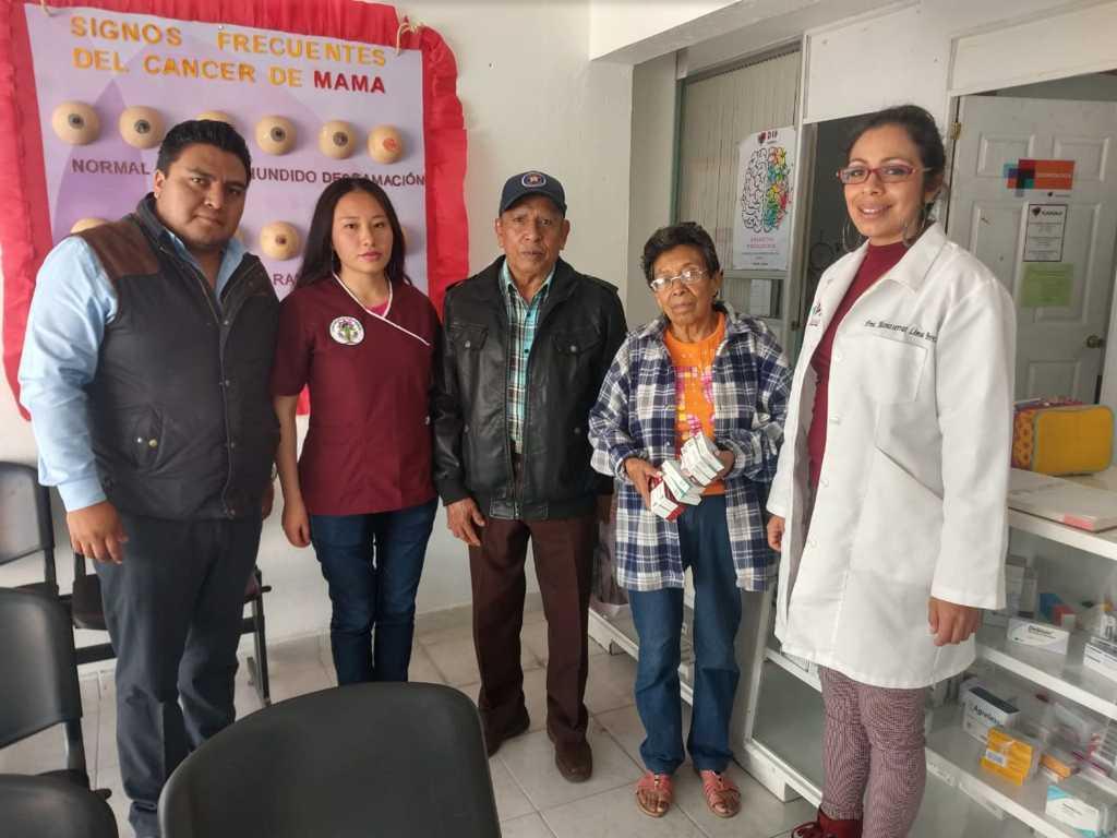 Ofrece SMDIF de Tlaxcala bolsas para diálisis peritoneal y medicamentos