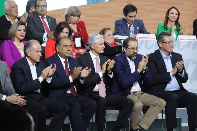 Participa Marco Mena en 91 Aniversario de la Fundación del PRI