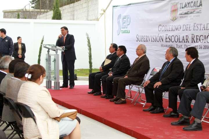 Inauguran edificio en favor del sector educativo de Huamantla