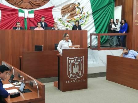Michaelle Brito le da su estocada al diputado Rafael Ortega Blancas