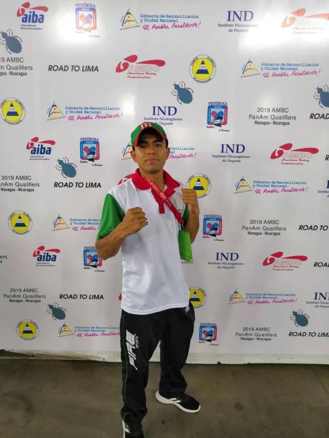 Boxeador Miguel Ángel Capilla Flores de San Pablo del Monte, viaja a Nicaragua