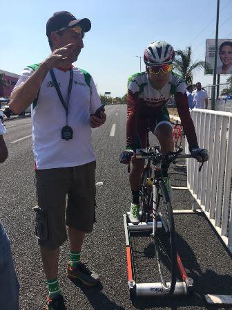 Ángel Pérez y Miguel Arroyo segundo y tercero  en Nacional de Ciclismo
