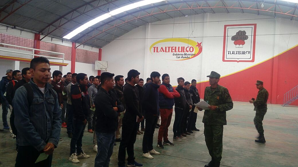 Pluma Morales presidio el Sorteo del Servicio Militar clase 1999