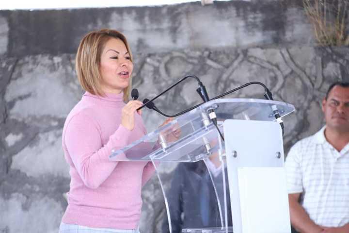 Reconocen gestión de Minerva Hernández en Santacruz Tlaxcala