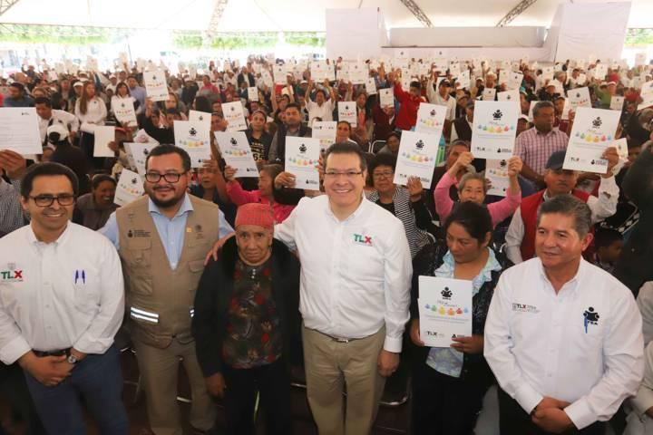 En 2018 Tlaxcala levantará bandera blanca en alfabetización: Marco Mena
