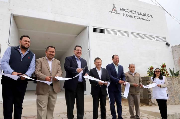 Marco Mena inaugura nueva planta de Arcomex en Atltzayanca