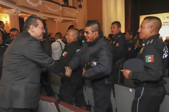 Mejora policial, compromiso del gobierno: Marco Mena