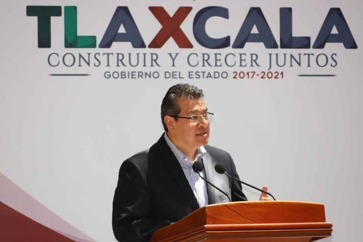 Entrega Marco Mena Premio Estatal De La Juventud 2018