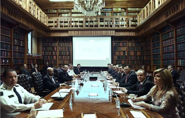 Participa Marco Mena  en reunión de seguridad con Navarrete