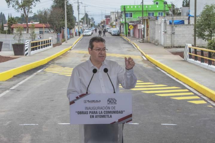 Entrega Marco Mena puente vehicular para siete mil habitantes de Ayometla