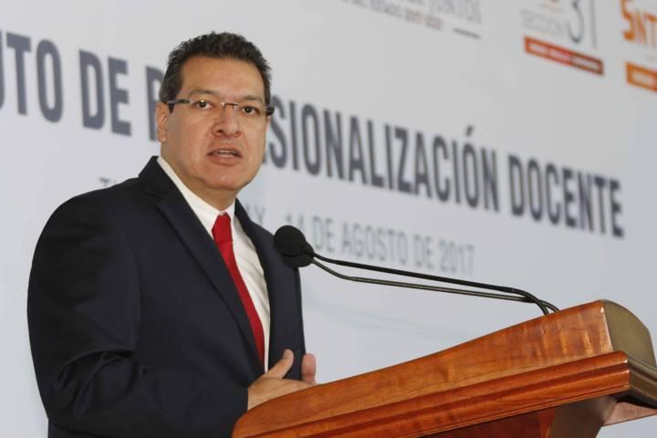 Presentan iniciativa para crear Instituto de Profesionalización Docente