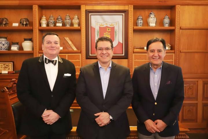 Se reúne Marco Mena con empresarios de PIMSA para posible inversión en Tlaxcala