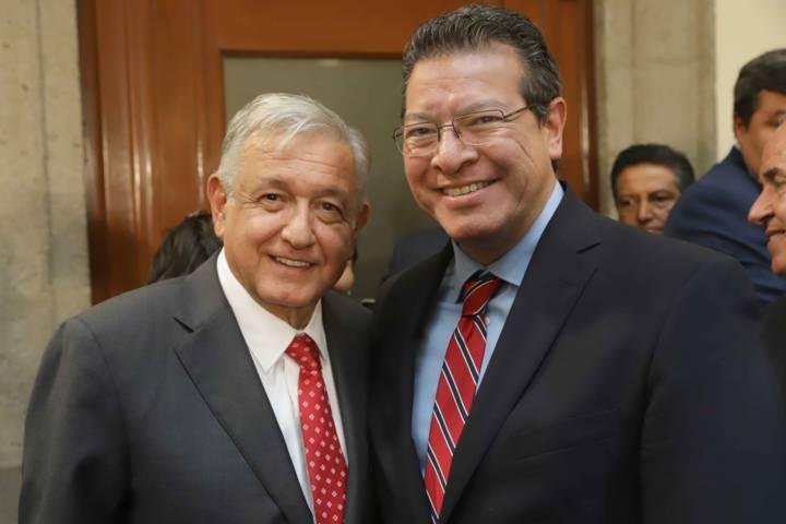 Marco Mena participa con AMLO en consejos nacional de Seguridad Pública y Nacional De Protección Civil