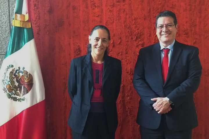 Marco Mena inicia gira en Japón; acude a reunión en la embajada