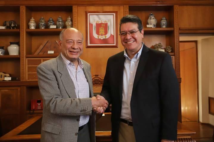 Marco Mena se reúne con director de la Cineteca Nacional