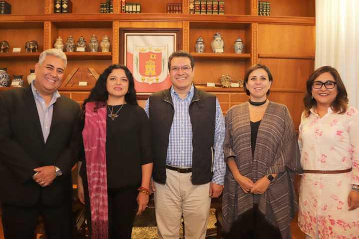 Consolidan Mena y Frausto perfil turístico cultural de Tlaxcala