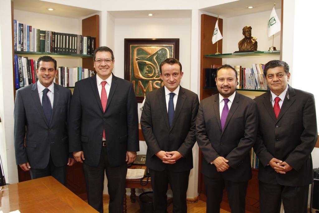 Fortalecen Marco Mena y Mikel Arriola seguridad social en Tlaxcala