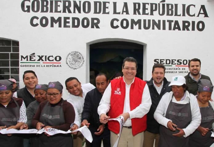 Inaugura Marco Mena comedor comunitario en Huamantla