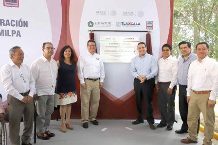 Entrega Mena mejoramiento de imagen urbana de Nanacamilpa