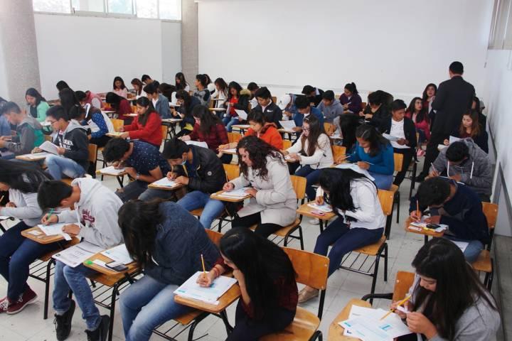 Presentaron aspirantes examen de admisión en la UAT