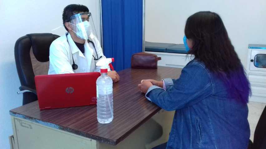 Brinda Módulo Médico del DIF Xicohtzinco, consultas gratis a personas con diabetes o hipertensión