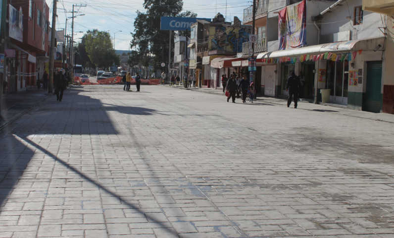 Con obras y acciones estamos mejorando la imagen urbana de Calpulalpan: alcalde
