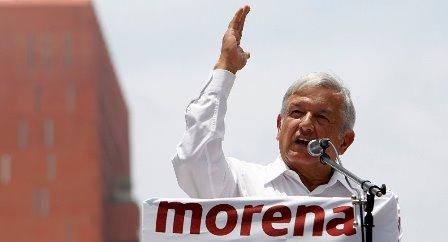 López Obrador va por el reto de abarrotar Zacatelco y Apizaco