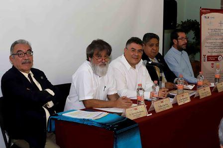 Recibe Museo de la Memoria documentos para preservar el patrimonio