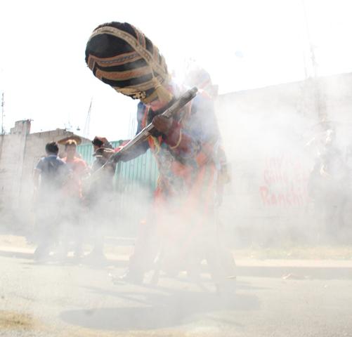 Arrancó explosivo carnaval de Nativitas único en el estado