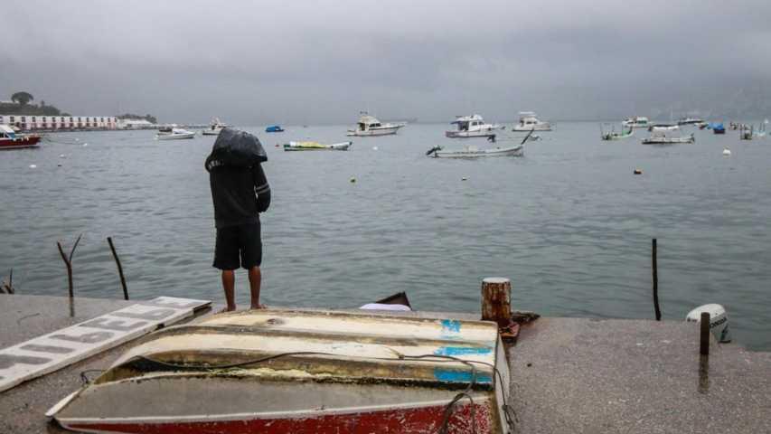 Narda nuevamente se intensificó a tormenta tropical