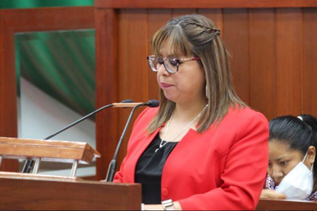 La Diputada Gabriela Brito a Favor de los derechos de los Padres de familia