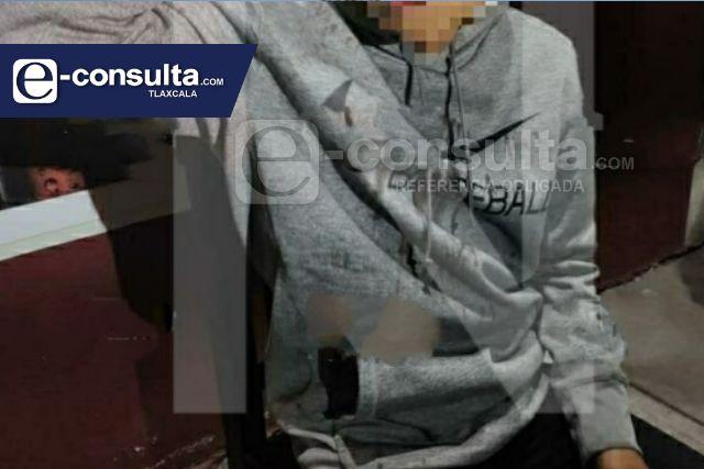 Joven se resiste a asalto y delincuentes le propinan cachazo, en Chiautempan