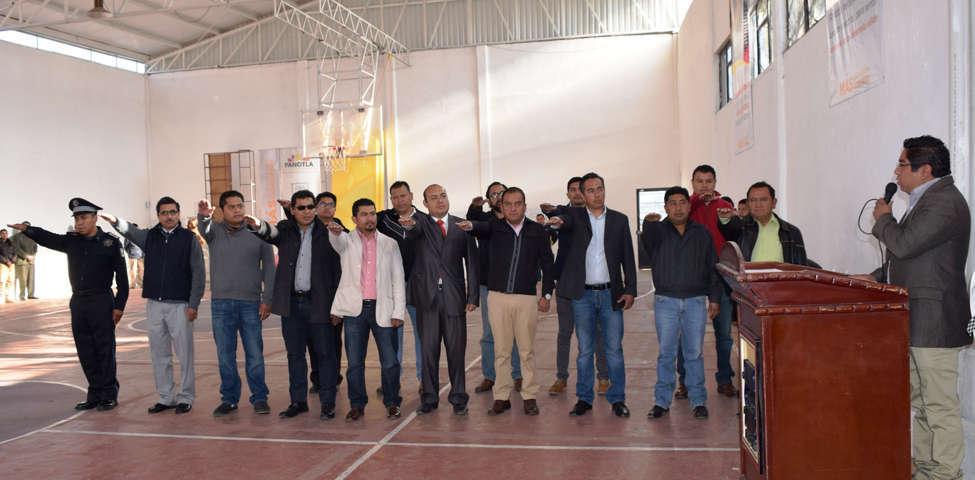 Nombra Alcalde de Panotla a Directores y Coordinadores de Área del Ayuntamiento