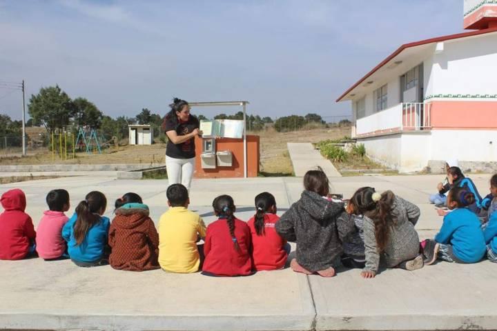 """Alcalde fomenta la lectura entre niños con """"Cuentas Cuentos"""""""