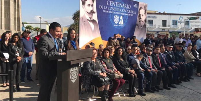Conmemoran en Apizaco 100 años de la Constitución